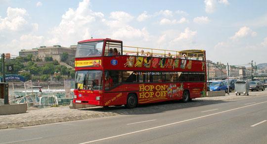 Boedapest_Hop-on-Hop-off-bus