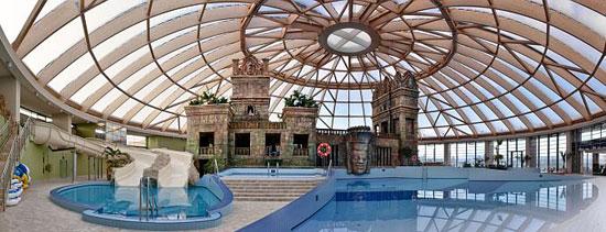 Boedapest_hotel-nh-ramada-resort-aquaworld-budapest-2.jpg