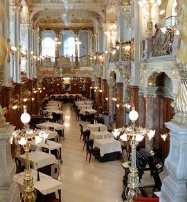 Boedapest_monumenten-New-York-Cafe