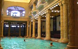 Boedapest_monumenten-badhuizen--2k.jpg