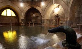 Boedapest_monumenten-badhuizen--Kiraly-Bad.jpg