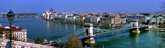 Boedapest_monumenten-burcht-view.jpg