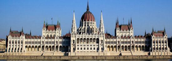 Boedapest_monumenten-overzicht-parlement.jpg