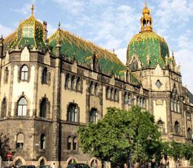 Boedapest_musea-iparmuveszeti-muzeum-1.jpg
