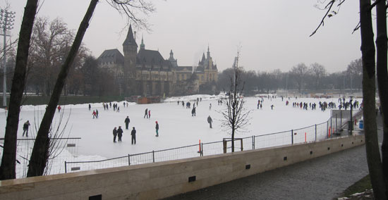 Boedapest_schaatsen-park