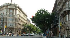 Boedapest_winkelstraten-Andrassy-ut.jpg